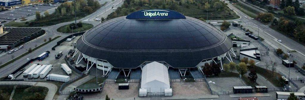 """Unipol Arena Lab: L'Unipol Arena diventa il più grande centro screening dell'Emilia-Romagna: al via un servizio """"test drive"""" da 100mila esami al mese. La precedenza alle aziende del territorio"""